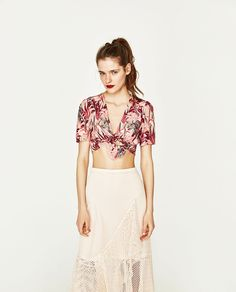 Image 2 of CROP TOP WITH KNOT from Zara