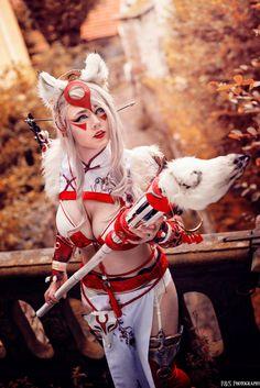 MiuMoonlight cosplay ❤️  How is your week ? :D I started with the the next cosplay project ;)  I am full fired up to work on the details and the howl costume ;) stay tuned :D   Picture by P&S Photography Cosplay Character Amaterasu Okami Cosplay and design made by me  Armor, ears and details made with Cosplayflex