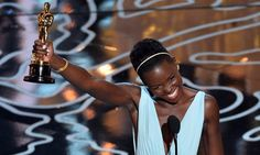 Lupita Nyong'o recebeu o Oscar de Melhor Atriz Coadjuvante