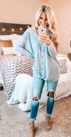 Popular Outfit Ideas To Finish This Summer With Style 15