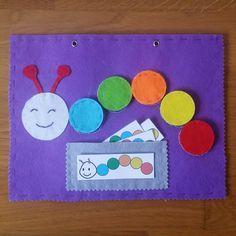 gusano colores Diy Quiet Books, Baby Quiet Book, Felt Quiet Books, Toddler Learning Activities, Book Activities, Preschool Activities, Quiet Book Templates, Quiet Book Patterns, Diy For Kids