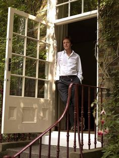 Inside Paul McCartney's London House ~ 7 Cavendish Avenue