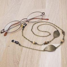 Bronze glasses lanyard - leaf and picture jasper eyeglasses chain Diy Jewelry Holder, Necklace Holder, Vintage Jewelry Crafts, Diy Fashion Accessories, Eyeglass Holder, Embroidery Jewelry, Jasper Gemstone, Eyeglasses, Beaded Necklace