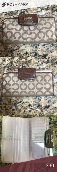 Coach Wallet Has some marks from wear, as reflected in my photos and price. Has cash slot, coin pocket, and credit card slots.   *Bundle this along with any other item in my closet for a 20% off discount and discounted shipping!* Coach Bags Wallets