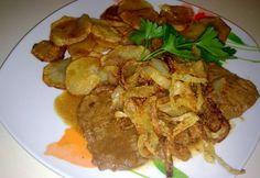 Rövid szaftos marharostélyos sült hagymakarikával Pork, Chicken, Kale Stir Fry, Pigs, Cubs, Kai