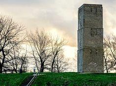 De oudste stenen vuurtoren van Nederland, in 1630 gebouwd in opdracht van de Brielse vroedschap