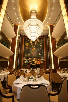 Oasis of the Seas - Main Dining Room