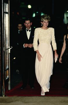 Princess Diana was a sight to behold in this cream Catherine Walker gown in 1992. #CelebrateSparkle