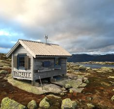 http://cabinporn.com/post/130749802120/cabin-in-folgefonna-national-park-norway