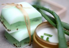 Whether it is soothing a sunburn or acne, aloe vera gel has got your back. Here's how you make your aloe vera soap with natural ingredients. Homemade Soap Recipes, Remove Acne, Aloe Vera Gel, Home Made Soap, Natural Cosmetics, Handmade Soaps, Bar Soap, Soap Making, Diy Beauty