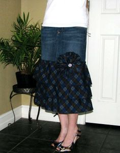 how to turn jeans into a long skirt   ... .blogspot.com/2011/04/how-to-turn-jeans-into-skirt.html