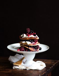 Pancakes with mascarpone and fruits