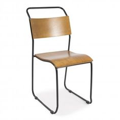 http://www.cultfurniture.fr/furniture-c10/chaises-c3/chaise-empilable-bauhaus-noir-p1155
