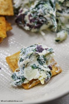 Spinach-Artichoke Cheese Ball - Amazing appetizer and super easy to make!