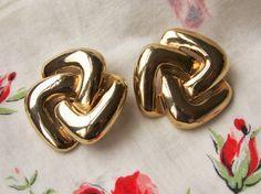 Vintage Large Carolee Gold Tone Statement by dazzledbyvintage