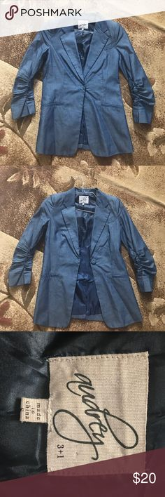 Jeans style BLAZER Size small, fits more like an extra small in my opinion. Lightly used-worn maybe 2x. Shoulder pads, button to close in front, slightly scrunch style sleeves, pocket in L front and 2 on the bottom :) got this at a boutique! audry 3+1 Jackets & Coats Blazers