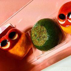 We found yummy Kusa-Mochi!!! #mizumushikun #japanese #japan #food #sweets #yummy #cute #mochi #spring
