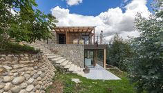 Image 1 of 19 from gallery of Stone House  / Inai Arquitectura. Photograph by Juan Alberto Andrade