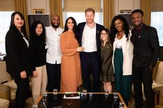 Meghan Markle wore Preen by Thornton Bregazzi Glenda asymmetric plissé georgette midi dress. Prince Harry at Buckingham Palace Fashion Looks, Beauty And Fashion, Royal Fashion, Meghan Markle Prince Harry, Prince Harry And Meghan, Princess Meghan, Palais De Buckingham, Events This Week, Sussex