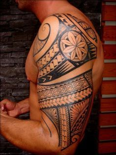 Polynesian Shoulder Tattoos for Men | ... Arm Tattoo of Maori Polynesian style for Men by Thierry