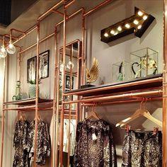 Room decor diy closet walk in ideas for 2019 Room Closet, Walk In Closet, Room Decor Bedroom, Diy Room Decor, Home Decor, Creation Deco, Boutique Design, Boutique Ideas, Shop Interiors