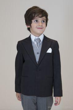 Meio-fraque para pajem Black Tie. Foto: Anna Quast e Ricky Arruda