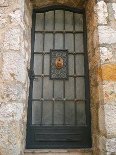 Mougins, Provence-Cote-d'Azur, France   ..rh