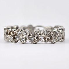 The Wedding Planner | Vintage Antique Engagement Rings: The Hunt is on! #Engagement Rings #Rings #Wedding