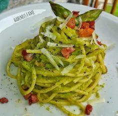 Spaghetti con asparagi, pecorino e pancetta Rice Dishes, Gnocchi, Queso, Ethnic Recipes, Kitchen, Food, Terra, Breads, Entertaining
