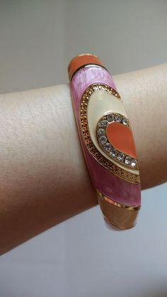 Shop till I drop in #Taipei #台北 - #EverRichDutyFree #昇恆昌免稅店 (https://www.everrich.com/tw/) #pink/ #orange #enamel #bangle/ #bracelet embedded with #crystals/ #jewelry/ #accessories