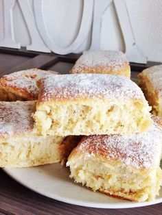 I'm gonna veganize the shit out of this bread No Bake Desserts, Dessert Recipes, Scandinavian Food, Swedish Recipes, Bread Cake, Beignets, Flan, Bread Baking, Love Food