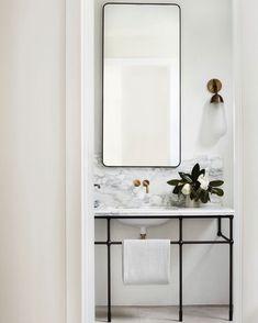 Emily Henderson bathroom trends 2019 modern bathroom with modern marble vanity and modern vanity light Bad Inspiration, Bathroom Inspiration, Bathroom Interior Design, Decor Interior Design, Interior Livingroom, Modern Interior, Interior Decorating, Bathroom Trends, Bathroom Ideas