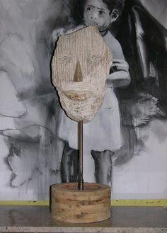 Tête de pierre Hauteur de l'oeuvre 110 cm