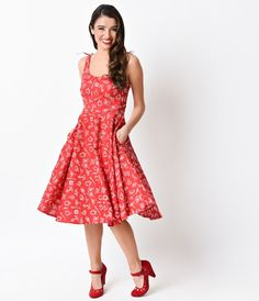Darlings? We think you've found your first mate! A light and lovely cotton frock fresh from Hell Bunny, the Marin 1950s dress is a sailor style that combines nautical flair with retro rockabilly sensibility for a swingin' summer dress! A scoop neck, princ