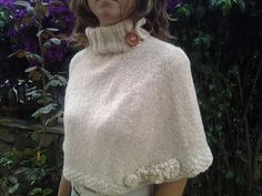Ravelry: Giovy cape pattern by Meloni Teresa