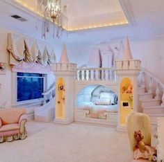 Could u imagine being a child with this room! Sooooooo awesome there Is a slide