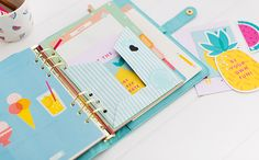 Create a DIY Paper Folder for your kikki.K Planner - for handouts from classes!