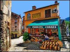 Quartier de la vielle ville de Corte, Corse, France.