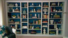 Cheap stylish DIY built in bookshelves