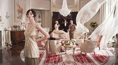 The Great Gatsby - interior style, chandler           Kesällä pitkät valkoiset liehuvat verhot must
