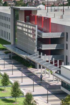 University of Houston Stadium Parking Garage in Houston, Texas by WHR Architects - ArchShowcase Car Park Design, Parking Design, Parking Building, Car Parking, Kent County, Mix Use Building, University Of Houston, Garage House, Garage Design