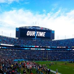 What a great Year! Panthers Football Team, Panther Nation, Best Fan, Carolina Panthers, Times Square, Seasons, World, Travel, Pride