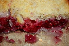 Super easy Raspberry Cobbler from cooking with crystal Rasberry Desserts, Raspberry Recipes, Easy Desserts, Delicious Desserts, Dessert Recipes, Yummy Food, Dessert Ideas, Rasberry Cookies, Raspberry Buttercream