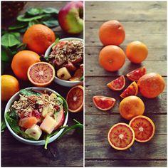 Smaki Alzacji : Sałatka owocowa ze szpinakiem i sezamowym dresingi...