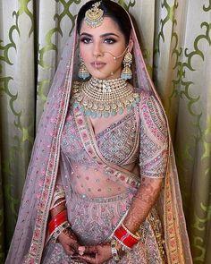 Indian Bridal Photos, Indian Bridal Outfits, Indian Bridal Fashion, Indian Bridal Wear, Indian Designer Outfits, Sikh Wedding Dress, Indian Wedding Video, Bridal Jewellery Inspiration, Wedding Lehenga Designs