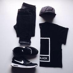 WEBSTA @ albertrivero.cc - black saturday I guess... ➹