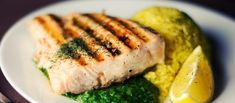 Here are 31 healthy and delicious low carb recipes for your dinner. These are absolutely healthy recipes. Read the article for detail of these recipes. Clean Eating, Healthy Eating, Romantic Meals, Romantic Recipes, Grilled Salmon, Grilled Swordfish, Grilled Food, Roasted Salmon, Roasted Chicken