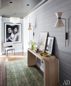 В гостях у декоратора Сергея Огурцова: фото интерьеров квартиры в Риге | AD Magazine