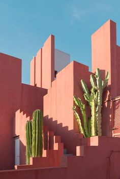 spanish artist andrés gallardo calls ricardo bofill's iconic 'la muralla roja' a 'paradise for photographers'. to wallpaper textured walls andres gallardo captures the bold hues of 'la muralla roja' Architecture Cool, Baroque Architecture, Mediterranean Architecture, Architecture Wallpaper, Landscape Architecture, Landscape Design, Spring Architecture, Architecture Geometric, Architecture Colleges