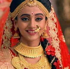 Radha Krishna Pictures, Radha Krishna Photo, Krishna Photos, Krishna Wife, Cute Images, Bridal Beauty, Latest Pics, Indian Bridal, Antique Jewelry